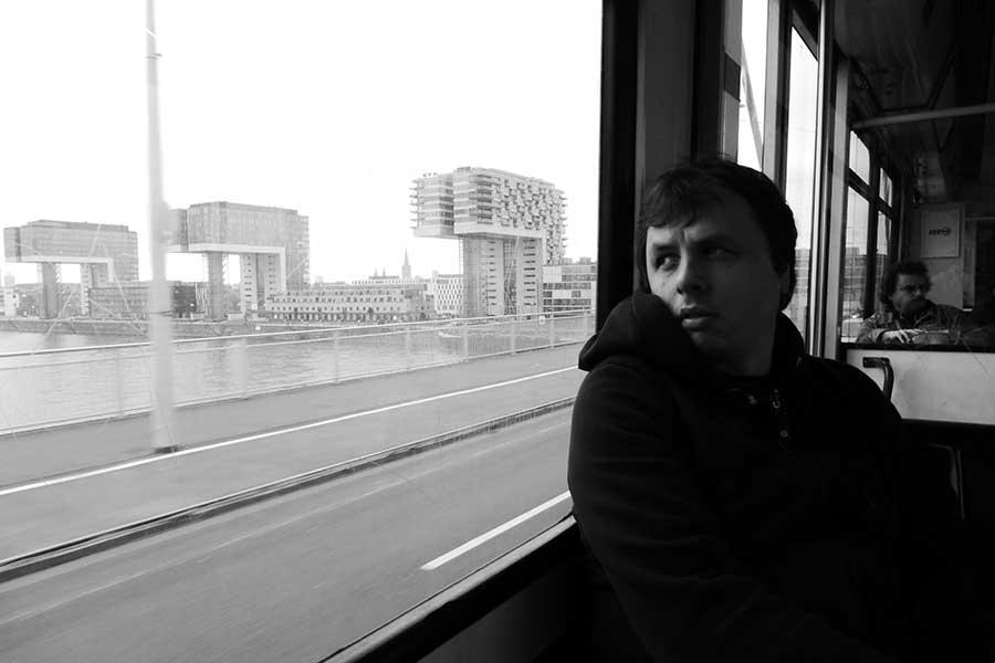 Portrait-Foto von Marco Wittkowski.
